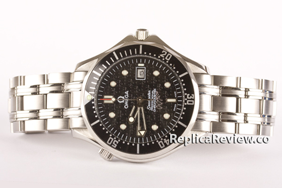 Omega-Replica-Seamaster-James-Bond-ReplicheOrologio
